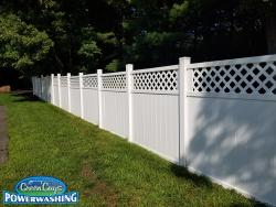 NH MA fence powerwashing